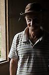 : Comunidade de Santa Helena, na região do baixo Jequitinhonha, Norte de Minas Gerais. Nessa região é possível encontrar três tipos de biomas: caatinga, cerrado e mata atlântica. A ASA Brasil, Articulação no Semiárido Brasileiro, tem implementado em diversas comunidades no Norte de Minas o Programa Uma Terra e Duas Águas (P1+2) e o Programa Um Milhão de Cisternas (P1MC) que tem como objetivo viabilizar a captação e armazenamento de água de chuva nessas comunidades para consumo humano, criação de animais e produção de alimentos.  Kelento Dias dos Santos.