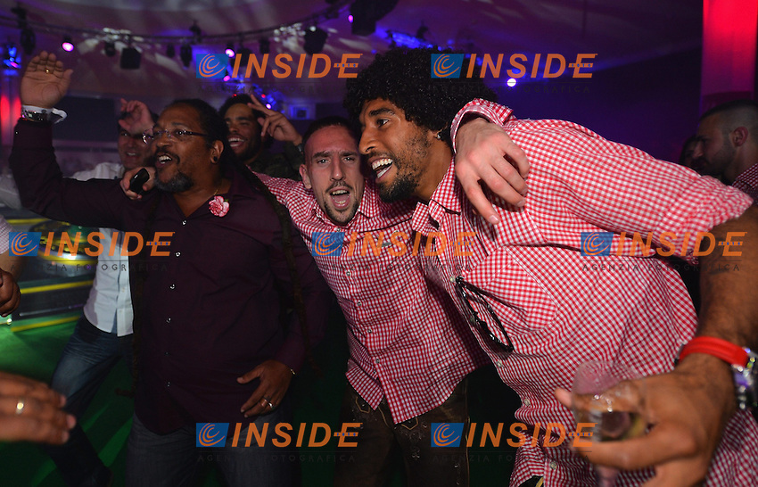10.05.2014, Postpalast, Muenchen, GER, 1. FBL, FC Bayern Muenchen Meisterfeier, im Bild Franck Ribery and Dante of FC Bayern Muenchen dance Franck Ribery, Dante, // during official Championsparty of Bayern Munich at the Postpalast in Muenchen, Germany on 2014/05/11. EXPA Pictures &copy; 2014, PhotoCredit: EXPA/ Eibner-Pressefoto/ EIBNER<br /> <br /> *****ATTENTION - OUT of GER***** <br /> Football Calcio 2013/2014<br /> Bundesliga 2013/2014 Bayern Campione Festeggiamenti <br /> Foto Expa / Insidefoto