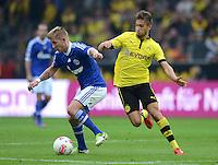 Fussball 1. Bundesliga :  Saison   2012/2013   8. Spieltag  20.10.2012 Borussia Dortmund - FC Schalke 04 Lewis Holtby (li, FC Schalke 04) gegen Moritz Leitner (Borussia Dortmund)