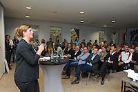 FRYSKE SPORTEN: LEEUWARDEN: 16-09-2015, Elfstedenhal, Fryske sport yn dyn klasse van start, Idske Bangma Afûk, ©foto Martin de Jong
