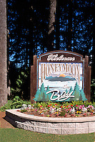 Carved Welcome Sign, Honeymoon Bay, Vancouver Island, BC, British Columbia, Canada