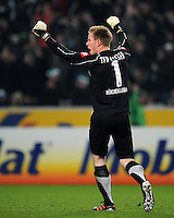 FUSSBALL   1. BUNDESLIGA   SAISON 2011/2012    15. SPIELTAG Borussia Moenchengladbach - Borussia Dortmund        03.12.2011 Torwart Marc-Andre TER STEGEN (Moenchengladbach) jubelt nach dem 1:1