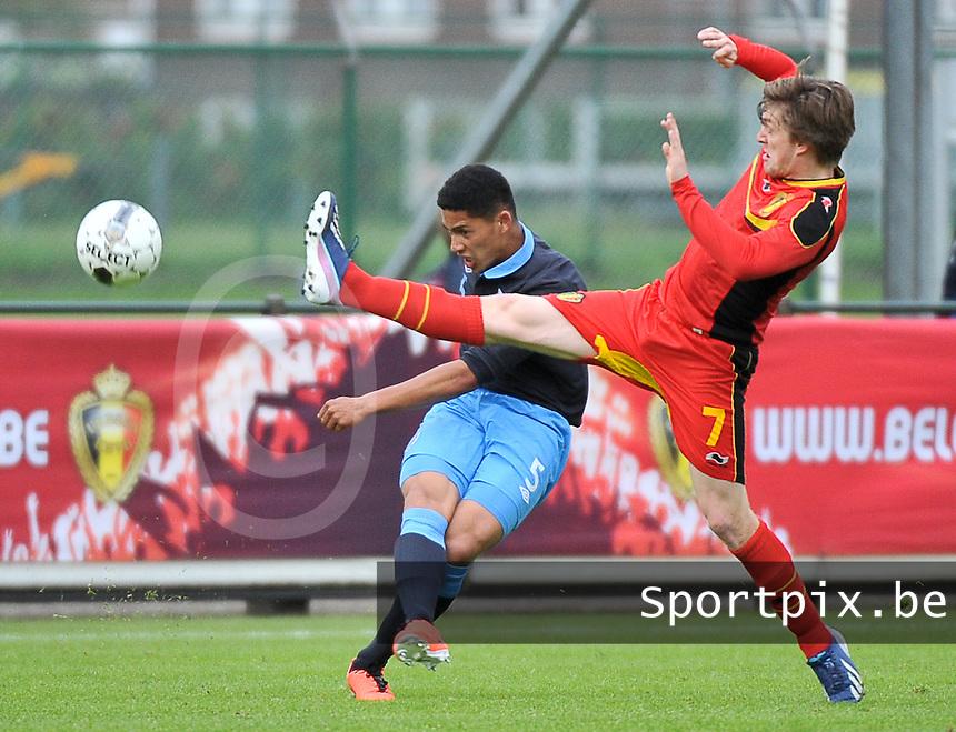 Belgium U19 - England U19 : Thomas Foket (7) and Tyias Browning (5).foto DAVID CATRY / Nikonpro.be
