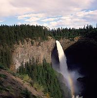 Murtle River flowing over Helmcken Falls (elev 137 m / 449 ft), Wells Gray Provincial Park near Clearwater, BC, British Columbia, Canada - Thompson Okanagan Region