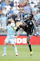 San Jose forward Simon Dawkins (10) with a high boot to control the ball... Sporting Kansas City defeated San Jose Earthquakes 2-1 at LIVESTRONG Sporting Park, Kansas City, Kansas.