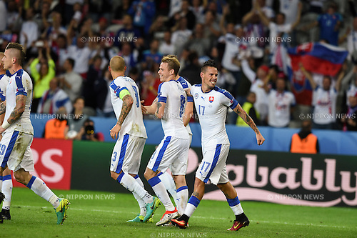 Marek Hamsik (Slovakia) ; <br /> June 15, 2016 - Football : Uefa Euro France 2016, Group B, Russia 1-2 Slovakia at Stade Pierre Mauroy, Lille Metropole, France.; Joy Goal 0-2 ;(Photo by aicfoto/AFLO)