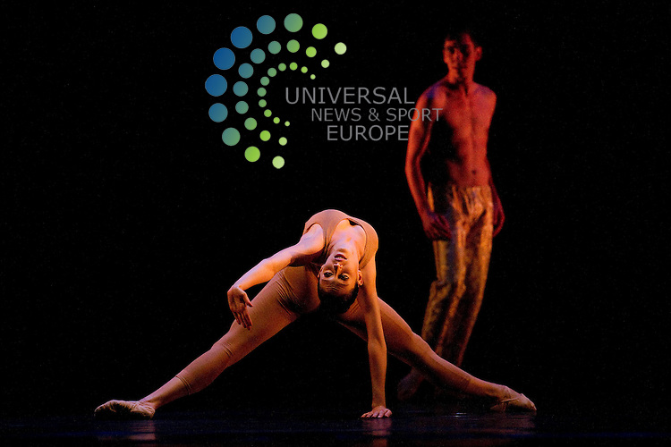 Julliard Dance perform a tripple bill at the Playhouse Theatre at part of the Edinburgh, International Festival, Edinburgh, Scotland, 25th August, 2012 .Picture:Scott Taylor Universal News And Sport (Europe) ..All pictures must be credited to www.universalnewsandsport.com. (Office)0844 884 51 22.