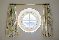 Round Shaped Porthole Window - Aug 2012.