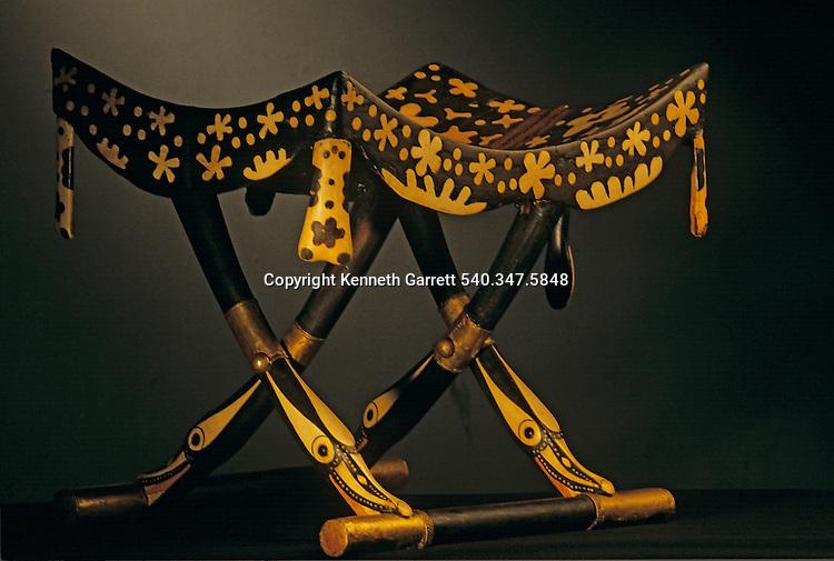 Folding stool, dummy, KV 62,Tutankhamun and the Golden Age of the Pharaohs, Page 195