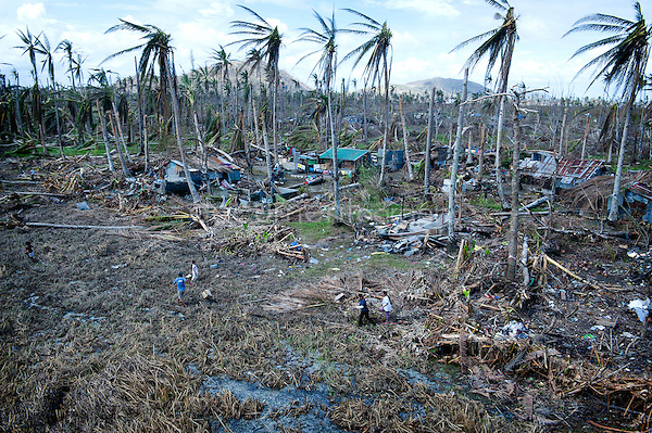 Magali Corouge / Documentography<br />Nov-Dec 2013, Tacloban, Leyte, Philippines.<br /><br />Some  remote villages are reached by helicopter where pilots drop off supplies to survive for few days.