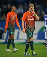 FUSSBALL   1. BUNDESLIGA   SAISON 2011/2012    17. SPIELTAG FC Schalke 04 - SV Werder Bremen                            17.12.2011 Naldo und Andreas Wolf (v.l., beide SV Werder Bremen) sind enttaeuscht