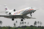 Dassault new business jet Falcon F7X  takes off on it's first  flight. Merignac, 05 May 2005..© Etienne de Malglaive