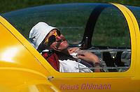 Klaus Ohlmann: EUROPA, FRANKREICH, HAUTES ALPES (EUROPE), 12.08.2013: Klaus Ohlmann (* 29. Juni 1952) ist ein deutscher Segelflieger, der in den Alpen und den Anden mehrmals Streckenrekorde aufgestellt hat. 2003 stellte er in Argentinien mit 3.008,8 km den Weltrekord im Streckensegelflug ueber eine frei gewaehlte Strecke auf. Im Jahr 1997/1996 gewann er in der Offenen Klasse den Barron Hilton Cup.