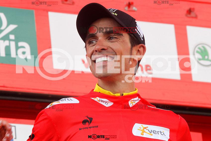 Alberto Contador with the red jersey of leader celebrates his virtual victory in La Vuelta 2012 after the stage beetwen La Faisanera Golf (Segovia)-La Bola del Mundo.September 8,2012. (ALTERPHOTOS/Paola Otero) /NortePhoto.com<br /> <br /> **CREDITO*OBLIGATORIO** *No*Venta*A*Terceros*<br /> *No*Sale*So*third* ***No*Se*Permite*Hacer Archivo***No*Sale*So*third