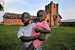 Children in front of the United Methodist Church in the Congolese village of Wembo Nyama.