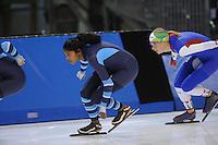 SCHAATSEN: SALT LAKE CITY: Utah Olympic Oval, 13-11-2013, Essent ISU World Cup, training, Anice Das (NED), Anouk van der Weijden (NED), ©foto Martin de Jong