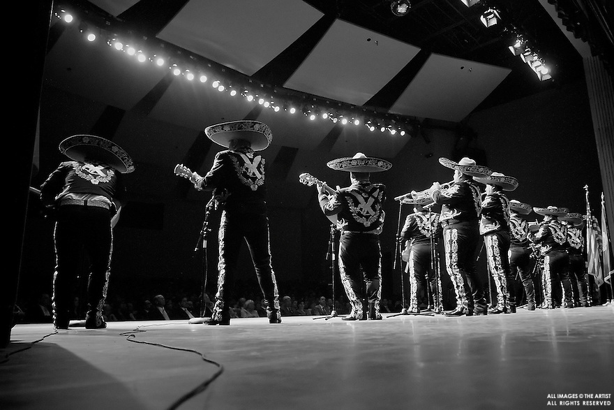 Vance Green / IPT.Members of Mariachi Internacional de Ame?rica perform for a sold out crowd on Monday night at the Nampa Civic center. The show, which kicked off Jalisco In Idaho Week, also included traditional Mexican dancing..Monday, July 31, 2006