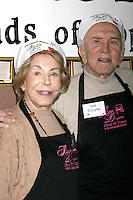 Krik & Anne Douglas at the LA Mission Thanksgivng Feeding of the Homeless in    Los Angeles, CA.November 26, 2008.©2008 Kathy Hutchins / Hutchins Photo....