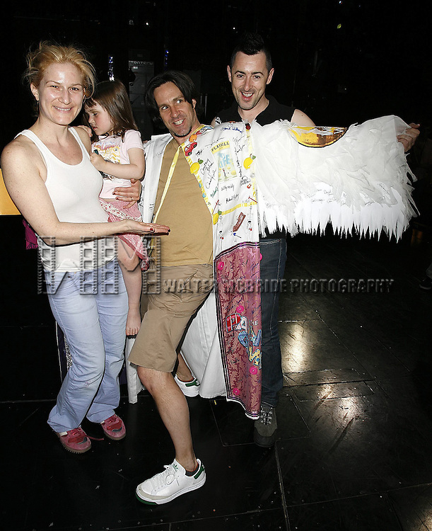 Ana Gasteyer with daughter, Romain Fruge (Gypsy Robe Winner) and Alan Cumming.Attending the Opening Night Gypsy Robe Ceremony for the Roundabout Theatre Company's Broadway production of THE THREEPENNY OPERA at Studio 54 in New York City..April 20, 2006.© Walter McBride/WM Photography