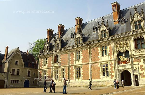 Loire valley france 063 blois loire chateau castles 002