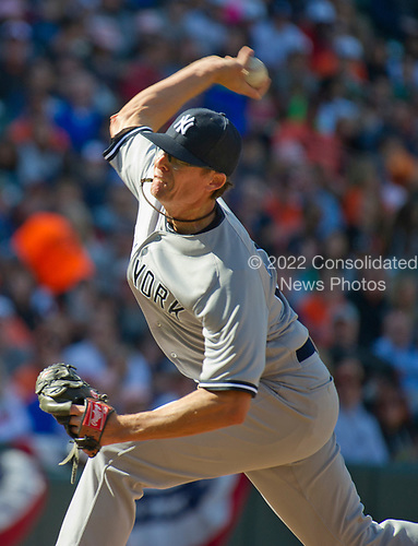 New York Yankees relief pitcher Tyler Clippard (29) pitches a perfect seventh inning against the Baltimore Orioles at Oriole Park at Camden Yards in Baltimore, MD on Sunday, April 9, 2017.  The Yankees won the game 7 - 3. <br /> Credit: Ron Sachs / CNP<br /> (RESTRICTION: NO New York or New Jersey Newspapers or newspapers within a 75 mile radius of New York City)