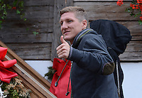 FUSSBALL   1. BUNDESLIGA   SAISON 2012/2013    Die Mannschaft des FC Bayern Muenchen besucht das Oktoberfest am 07.10.2012 Bastian Schweinsteiger