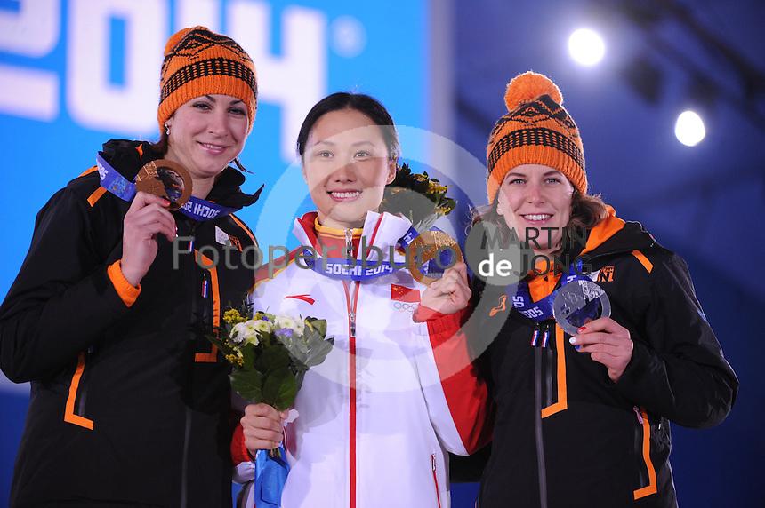 OLYMPICS: SOCHI: Medal Plaza, 14-02-2014, 1000m Ladies, podium, Margot Boer (NED), Hong Zhang (CHN), Ireen Wüst (NED), ©foto Martin de Jong