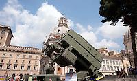 Roma 4  Maggio 2011. Mezzi militariin piazza Venezia per i 150° dell'anniversario della costituzione dell'Esercito Italiano..Skyguard/Aspide sistema missilistico controaerei.