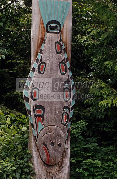 USA/Etats-Unis/Alaska/Ketchikan : Totem représentant un saumon dans le vilage indien