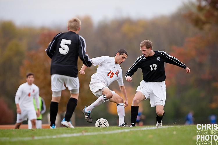 10/25/11 - Kalamazoo, MI: Kalamazoo College men's soccer vs Alma.  Kalamazoo won the game 2-1.  Photo by Chris McGuire.