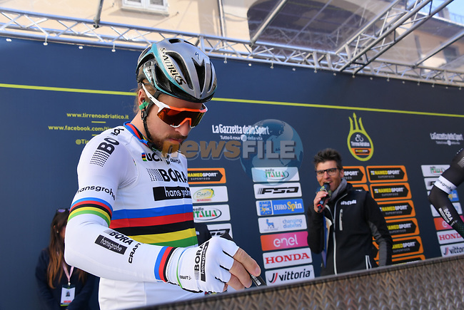 World Champion Peter Sagan (SVK) Bora-Hansgrohe at sign on before the start of stage 2 of the 2017 Tirreno Adriatico running 229km from Camaiore to Pomarance, Italy. 9th March 2017.<br /> Picture: La Presse/Gian Mattia D'Alberto | Cyclefile<br /> <br /> <br /> All photos usage must carry mandatory copyright credit (&copy; Cyclefile | La Presse)