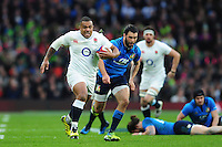 Kyle Sinckler of England goes on the attack. RBS Six Nations match between England and Italy on February 26, 2017 at Twickenham Stadium in London, England. Photo by: Patrick Khachfe / Onside Images