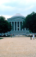 I.M.Pei: Washington D.C. The National Gallery. (Photo '85)<br />