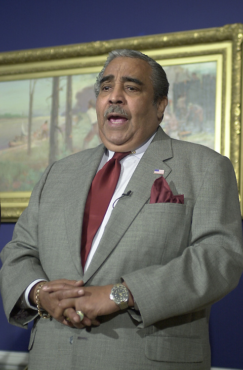 3gephardt111501 -- Rep. Charles B. Rangel (D-NY), spoke in Rep. Gephardt's dugout, questioning the House Republicans holdout concerning airline security.
