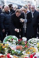 Johnny Hallyday et Laetitia à la Bourse de Bxl en hommage aux victimes des attentats de Bruxelles