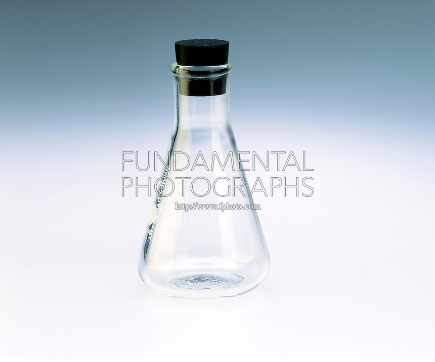 ERLENMEYER FLASK WITH RUBBER STOPPER<br />