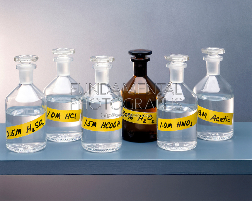 REAGENTS: ACIDS &amp; HYDROGEN PEROXIDE<br />