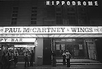 Paul and Linda McCartney Wings Tour 1975. Fans wait outside the the Hippodrome theatre. Paul McCartney and Wings in Concert, Bristol, England