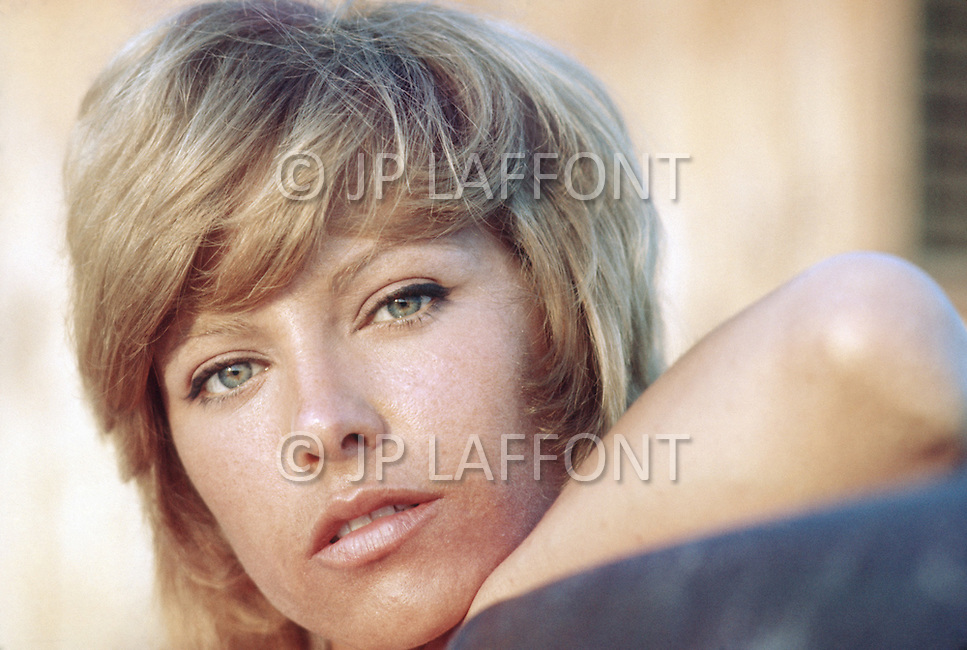 March 1971, Bahamas: Photographed in the Bahamas at the Great Harbour Cay. <br /> Nathalie is the ex-wife of the French actor Alain Delon.<br /> Nathalie, the actress, played in about twenty movies from 1962 to 1985.