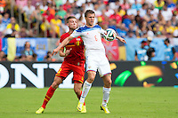 Maksim Kanunnikov of Russia and Toby Alderweireld of Belgium
