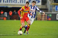 VOETBAL: ABE LENSTRA STADION: HEERENVEEN: 30-11-2013, SC Heerenveen - Go Ahead Eagles, uitslag 3-1, Erik Falkenburg (#17 | GAE), Marten de Roon (#15 | SCH), ©foto Martin de Jong