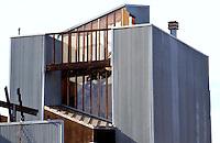 Frank Gehry: Spiller House, 39 Horizon Way, Venice, CA. 1980.  Photo '88.