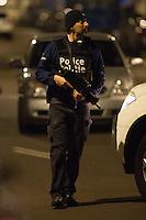 Police Raid in Schaerbeek after Brussels terrorist attacks - EXCLU - Brussels