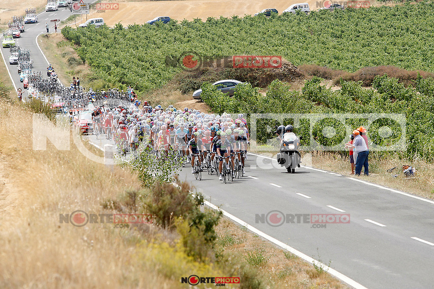Movistar Team leads the group during the stage of La Vuelta 2012 between Faustino V and Eibar (Arrate).August 20,2012. (ALTERPHOTOS/Paola Otero) /NortePhoto.com<br />