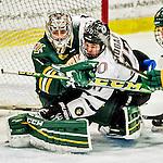 2015-10-17 NCAA: Nebraska Omaha at Vermont Men's Hockey
