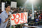 SLUG/USA  Occupy LA protesters gather at on the lawn at city hall in Los Angeles, California on October 8, 2011. REUTERS/Jonathan Alcorn (UNITED STATES).