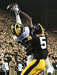 2016 Michigan football vs Iowa, 11-12-16
