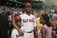 Ken Griffey Jr. and family. Baseball: 2004 All Star Game Home Run Derby. Houston, TX 7/8/2004 MANDATORY CREDIT: Brad Mangin