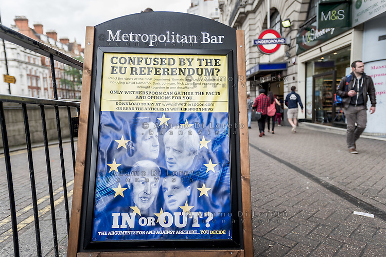 A banner in Baker Street for help the vote IN or OUT. London City before the Brexit Referendum, on june, 2016. Photo: Adamo Di Loreto/buenaVista*photo