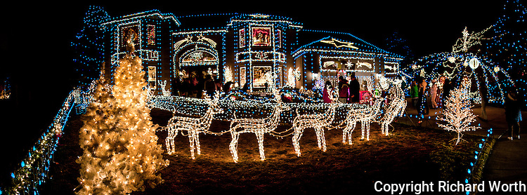 For the last couple decades this house has been a Christmas light attractoin.  It's at the end of Tincup Circle in Broomfield, Colorado, just north of Denver.